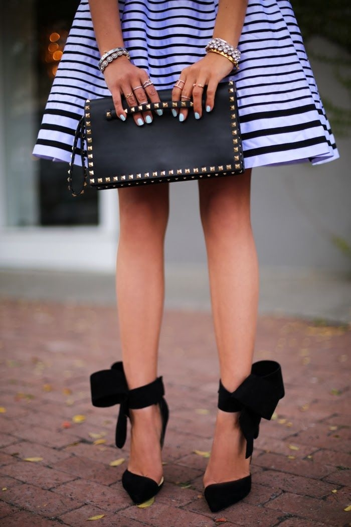 127001-Blue-Black-Striped-Skirt-With-Bow-Pumps